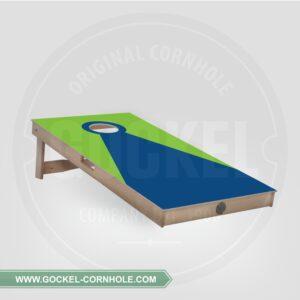 Cornhole board met een groen blauwe piramide!