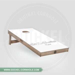 Single cornhole board met de skyline van Madrid!